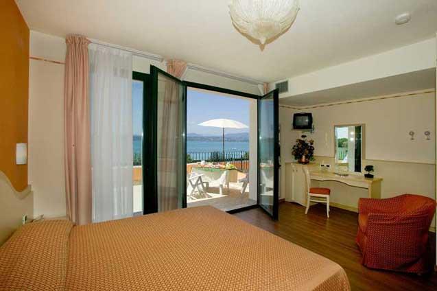 Hotel *** La Rondine