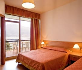 Hotel ** Castelli