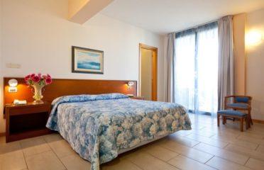 Hotel *** Idania